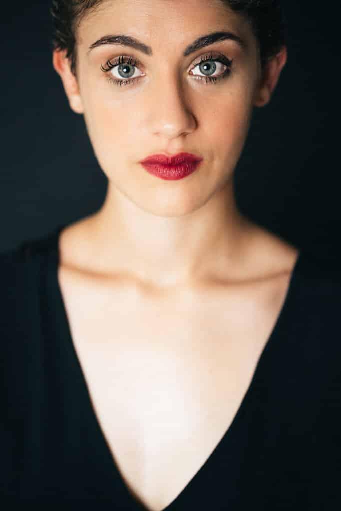 beau portrait femme studio corinne ballouard photographe bordeaux